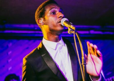 LEON BRIDGES REVIEW